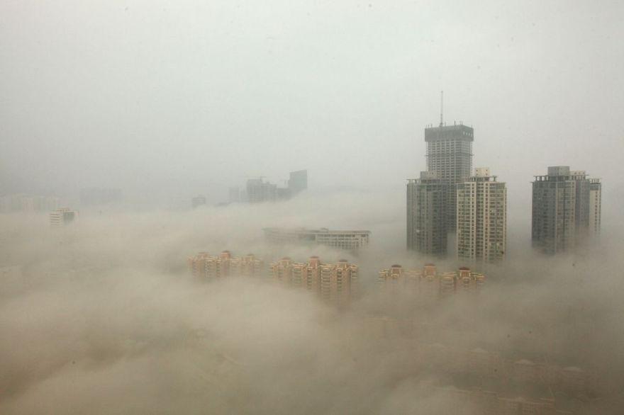 スモッグに包まれた北京