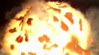 オレンジを超スローモーションで爆発させる映像が話題に