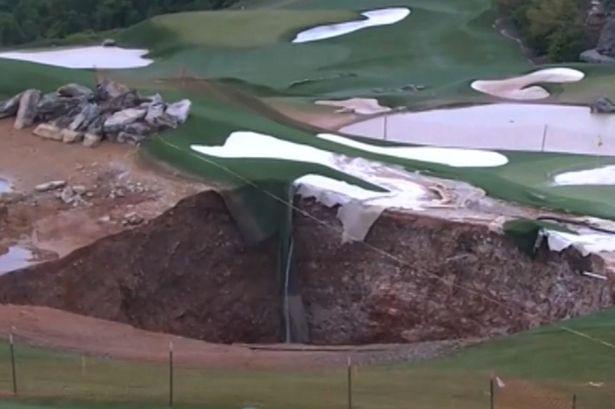Giant-sinkhole1